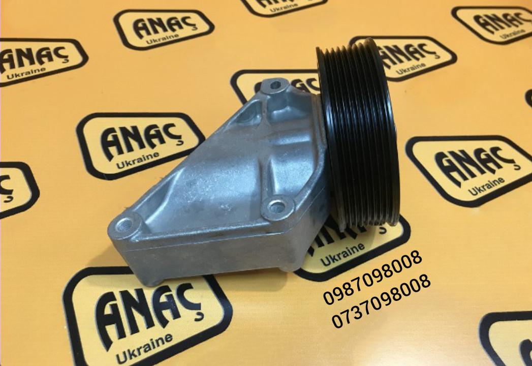 Ролик натяжной для двигателя на JCB 3CX 4CX номер : 320/08624, 320/08623