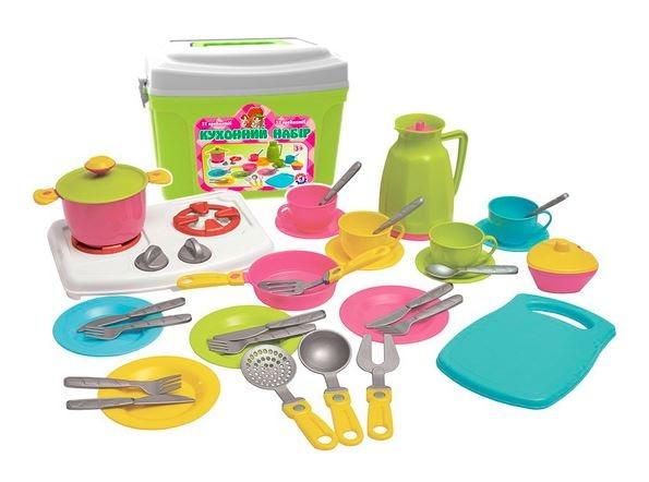Игровой набор кухонный набор с игрушечной посудой в чемодане 38 предметов