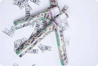 Хлопушка пневматическая доллары, 30 см
