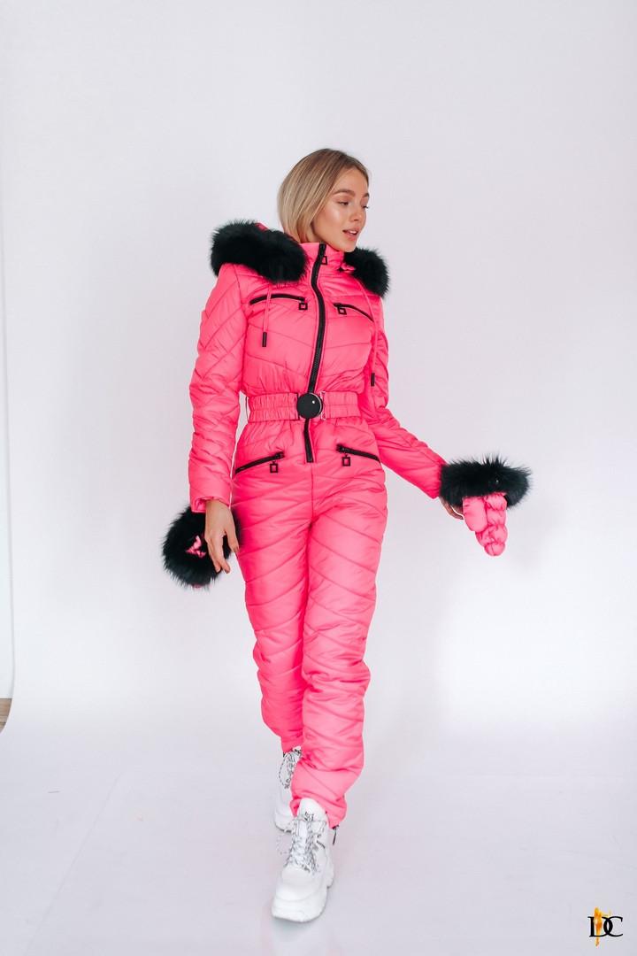 Зимний комбинезон,плащевая стёганная ткань и натуральный мех. Размер: С-М. Разные цвета.( Р 2346)