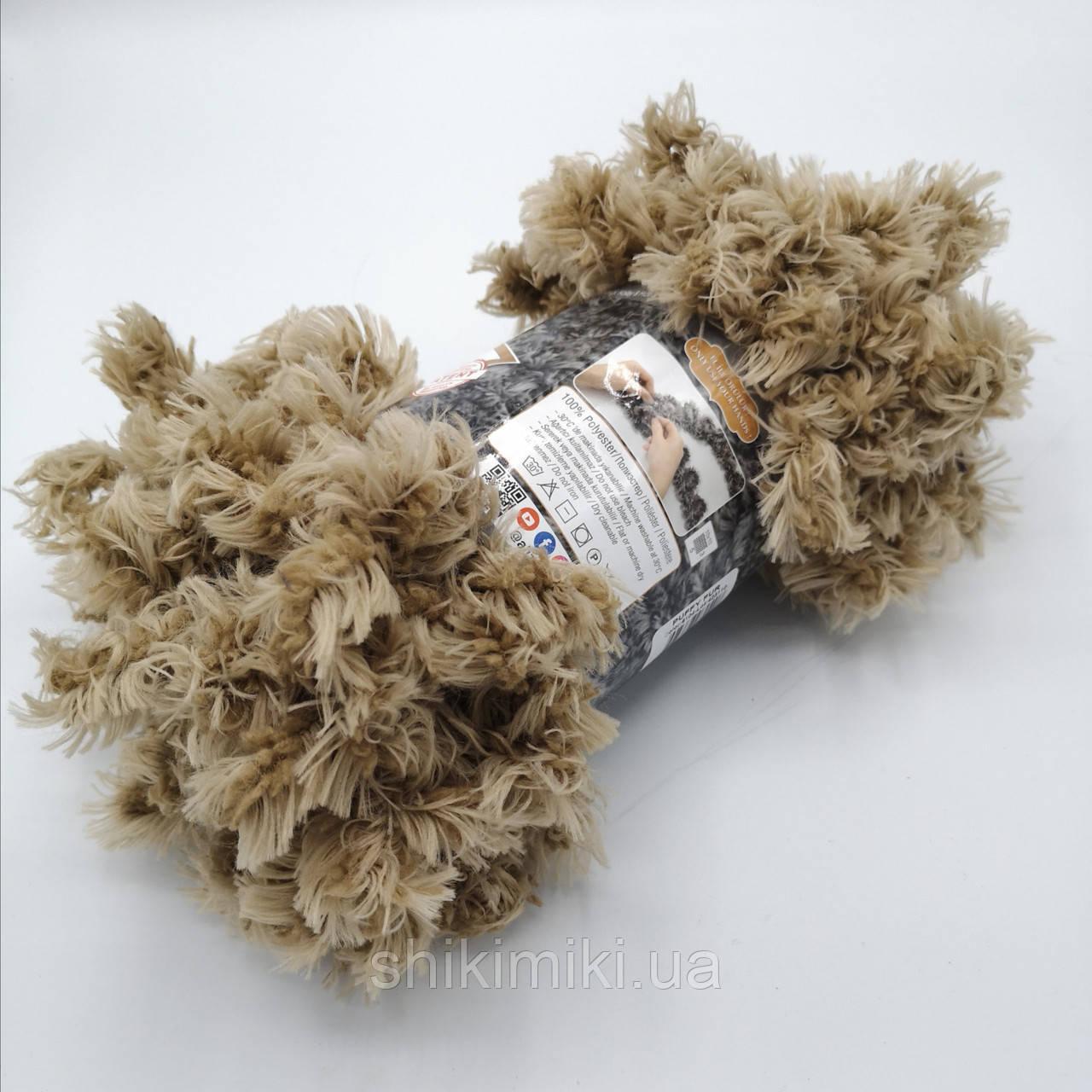 Фантазийная меховая пряжа Puffy Fur, цвет бежевый