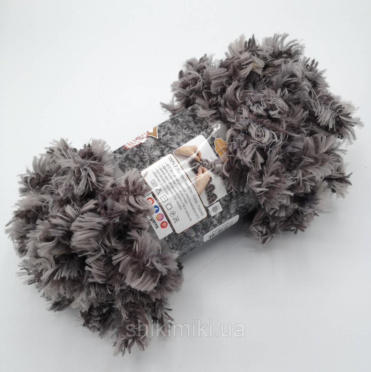 Фантазийная меховая пряжа Puffy Fur, цвет серый