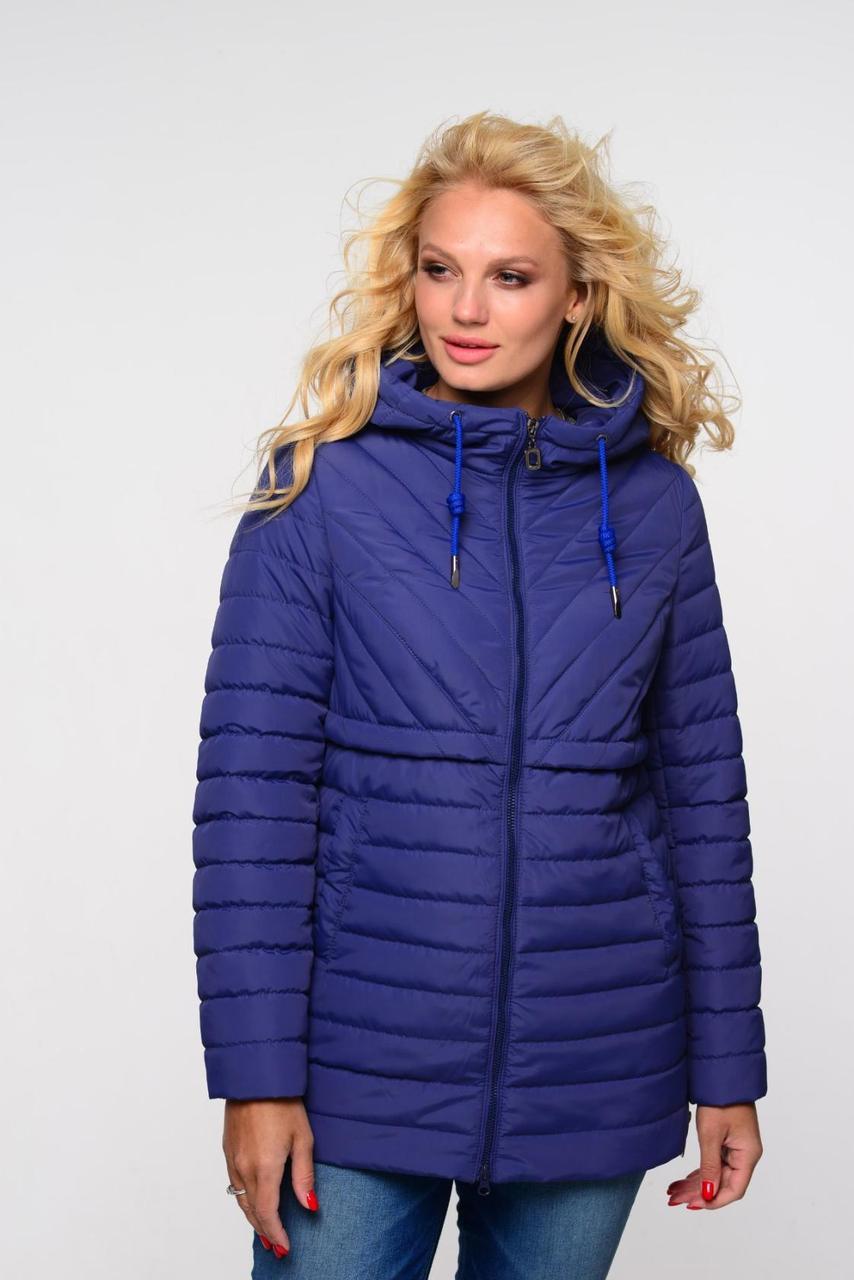 Легкая и стильная женская куртка