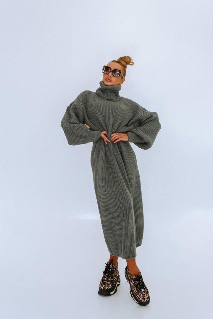 Стильное молодежное  женское длинное  вязаное платье