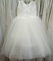 6.200 Нежное белое нарядное детское платье-маечка на 5-6 лет