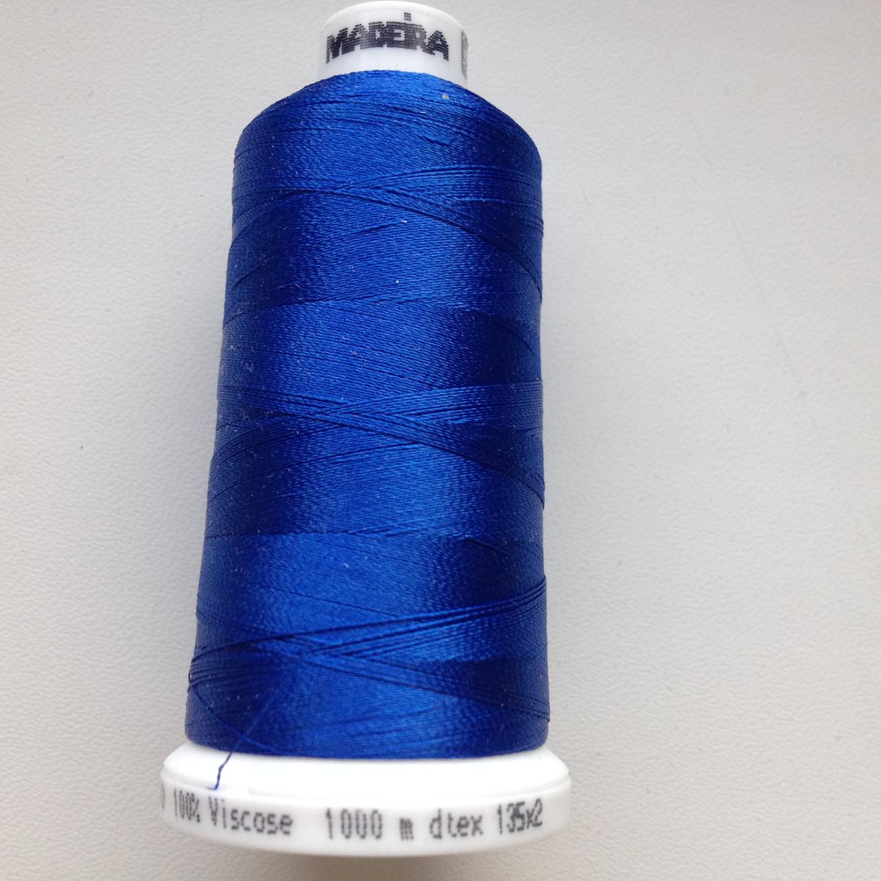 Нитки для машинной вышивки   Madeira Classic №40.  цвет 1076 ( Ярко - Синий ).  1000 м