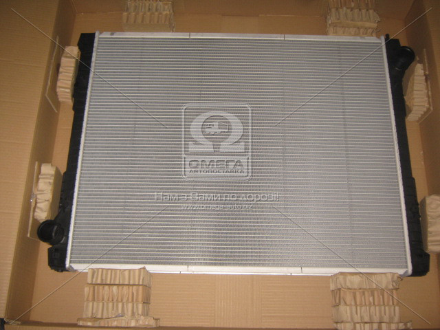 Радиатор охлаждения SCANIA P 270-380 04- (пр-во Nissens). 672590