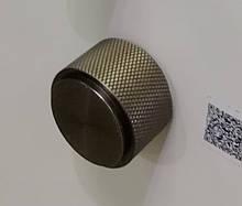 Ручка мебельная кнопка Virno Lines 407/16 бронза