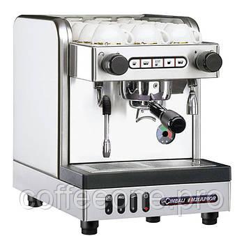 La Cimbali M21 Junior DT/1, Профессиональная кофемашина эспрессо автомат (1 группа; бойлер: 2.5 л)