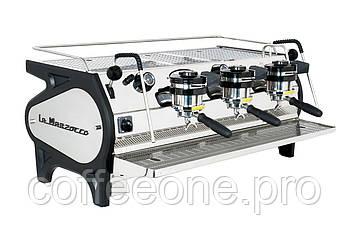 La Marzocco Strada EE 3 groups, Профессиональная кофемашина эспрессо полуавтомат для кофейни