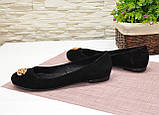 Туфли женские черные замшевые, декорированы металлическим бантиком, фото 4
