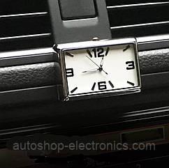 Стильные часы для салона автомобиля (белый циферблат, цифры - хром)