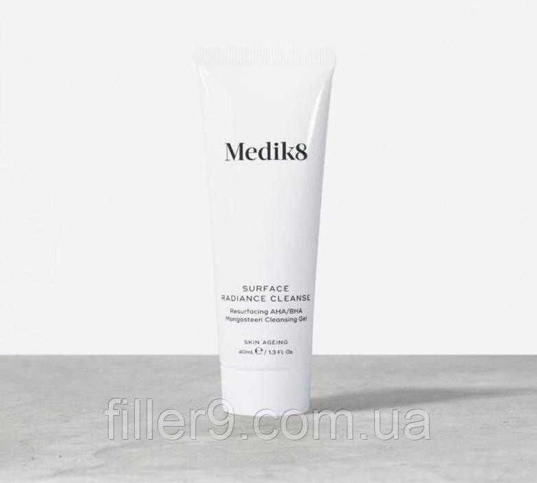 Medik 8 Travel Surface Radiance Cleanse (Тревел Суфейс Радианс Клинс) - очищающий гель с кислотами, 40 мл