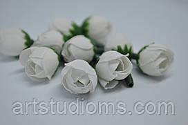 Искусственные бутоны розы.  Д=1,5см. Л - 3,5см.  Цвет белый  (10шт)