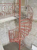 Каркас винтовой лестницы