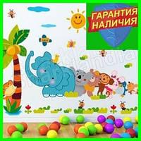 Интерьерная виниловая наклейка детская на стену Зверята паровозик звери