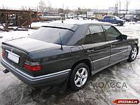 Бленда, спойлер на заднее стекло Mercedes 124