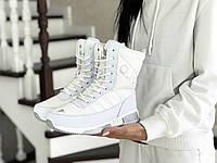 Женские зимние дутики Adidas белые