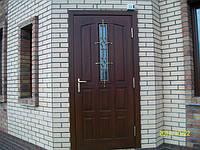 Двери входные / входные группы из массива дерева