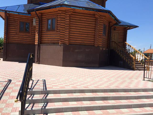 Облицовка храма, Изюм (Харьковская область). 35