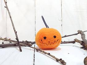 Мягкая игрушка брелок Strekoza Тыква 5 см оранжевый ручная работа серия helloween
