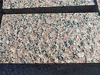 Брусчатка гранитная полно-пиленая термообработанная Корецкое 200х100х35