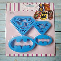 Вырубка кондитерская Супермен и Бетмен
