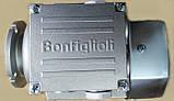 Мото редуктор Bonfiglioli черв'ячний VF 30 P1 40 P63 B14 B3 + BN 63A 4 230/40 IP55 CLF B14, фото 3