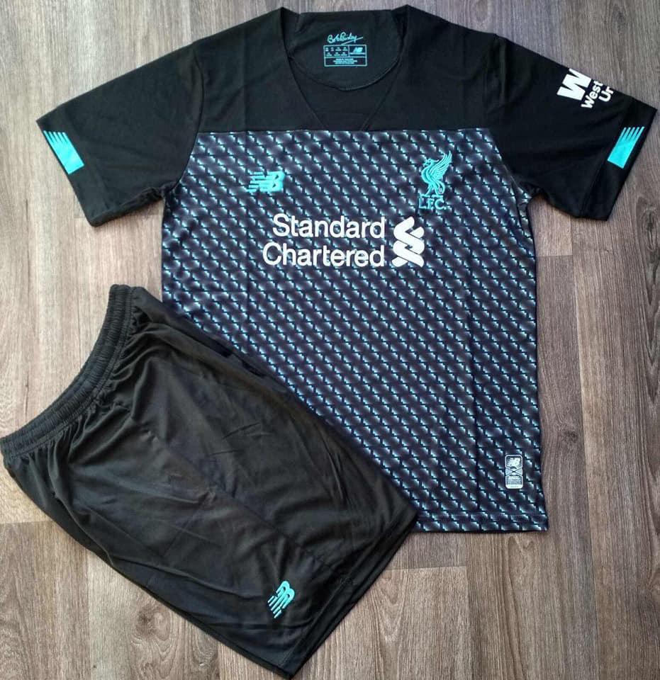 Детская футбольная форма Ливерпуль сезон 2019-2020 резервная черная
