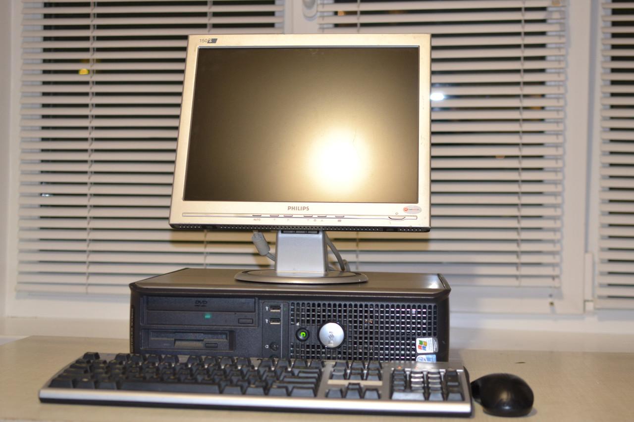 Компьютер в сборе, Intel Core 2 Quad 4x2.4 Ггц, 2 Гб ОЗУ DDR2, 80 Гб HDD, монитор 17 дюймов