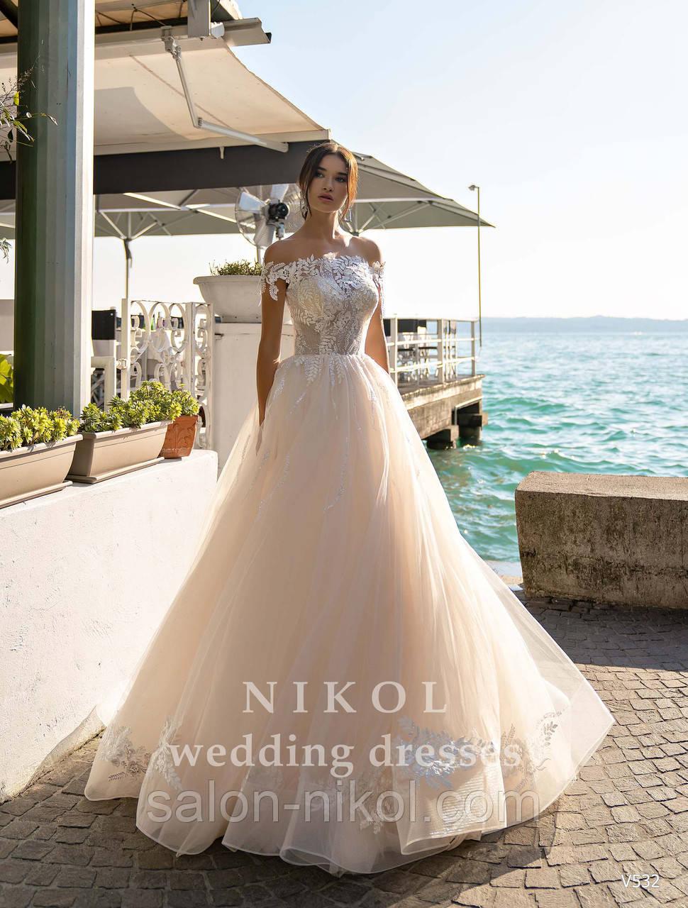 Весільна сукня № V532