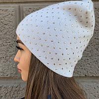 Вязанная женская шапка бини на осень в голубом, белом и цвете кофе с молоком от Odyssey, артикул 32077