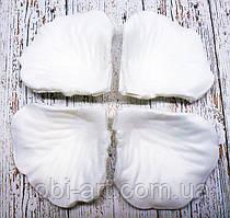 Пелюстки троянди з тканини № 028 (100-125шт) білі однотонні