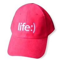 Машинная вышивка на кепках