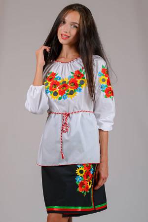 """Вышиванка женская """"Летний букет"""" (рукав 3/4)украшенная яркой вышивкой ,в национальном стиле, на рукавах и поло"""