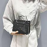 Женская классическая блестящая сумочка кошечка на цепочке черная, фото 3