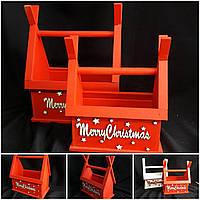 """Красный новогодний ящик """"Рождественский домик"""", дерево, 45х35х20см., 195 грн."""