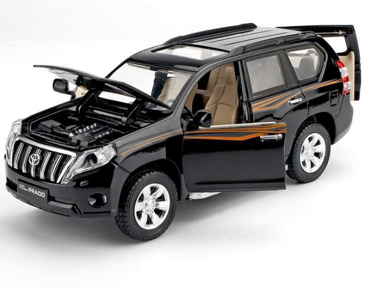 Коллекционный автомобиль Toyota Land Cruiser Prado (черный)
