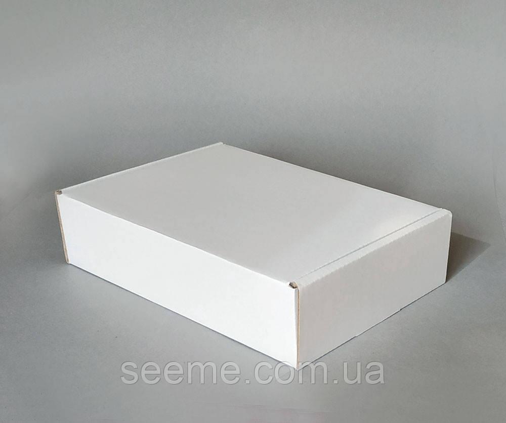 Коробка подарочная из микрогофрокартона, 230х160х55 мм.