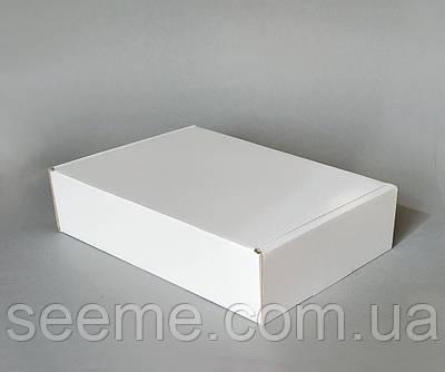 Коробка подарункова з мікрогофрокартону, 230х160х55 мм.
