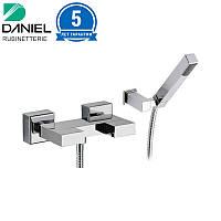 Смеситель для душа квадратный с душевой лейкой DANIEL W4433A