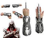 Нарукавник со скрытым клинком оружие Эцио - Ezio Auditore Role-play Gauntlet, Creed Brotherhood, фото 3