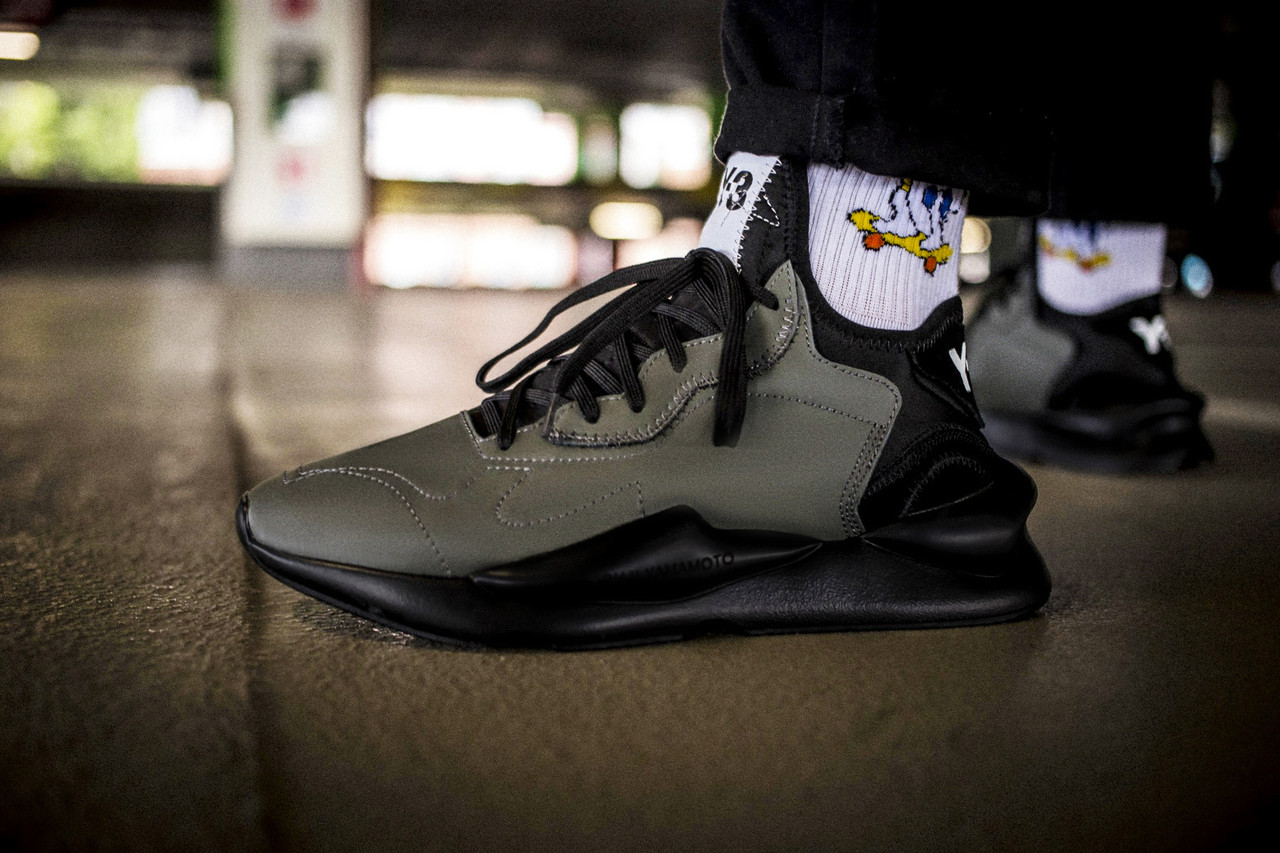 Мужские кроссовки Adidas Y-3 Kaiwa Chunky Sneakers Dark Grey Black ( Реплика )