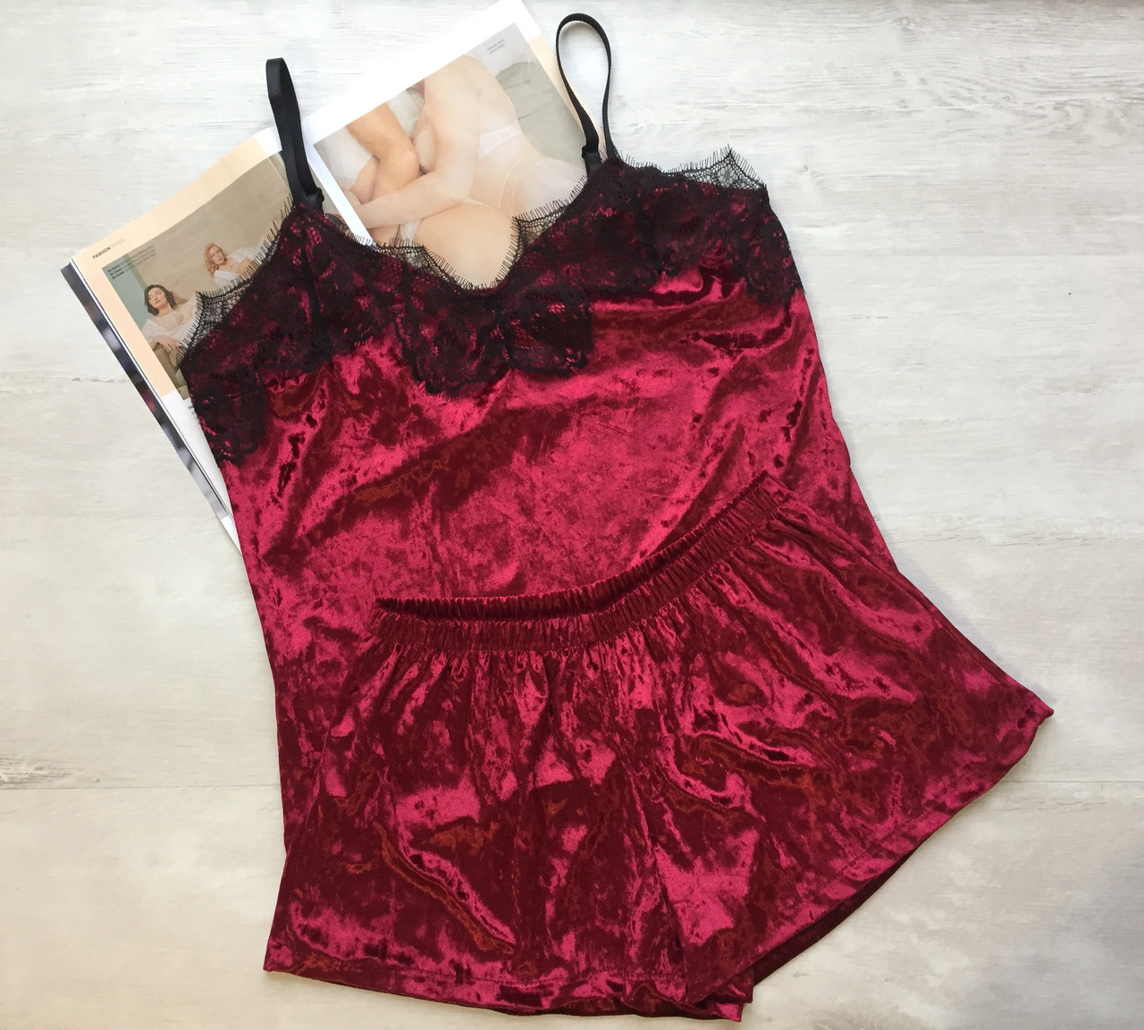 Пижама женская велюр майка и шорты бордо