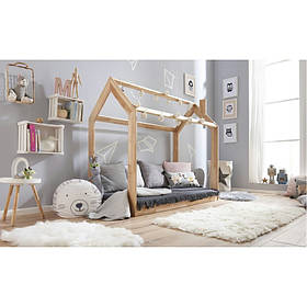 Детская кровать домик 140см