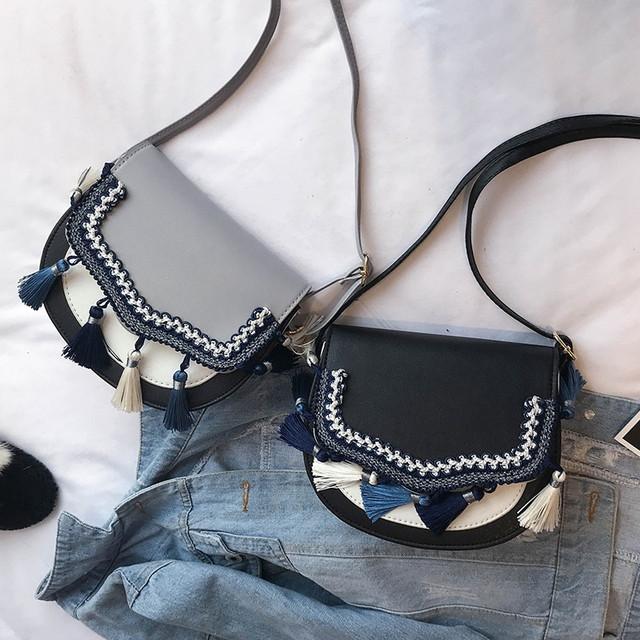 Маленькая женская сумочка в этно стиле серого цвета