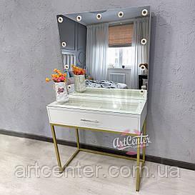Стол для визажиста с лофтовыми золотыми ножками, витриной в столешнице, ящиком с ячейками и зеркалом