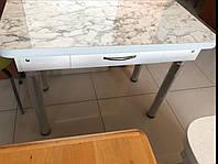Стіл кухонний з шухлядою на хром-ногах