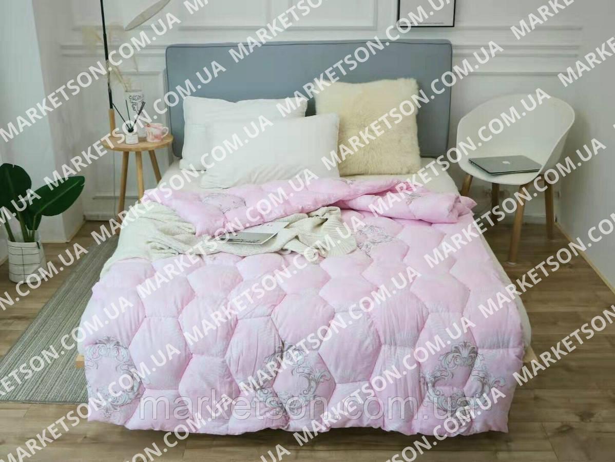 Зимнее теплое полуторное одеяло 155х210 Холофайбер.