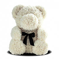 Мишка из роз Белый с лентой UTM 25 см